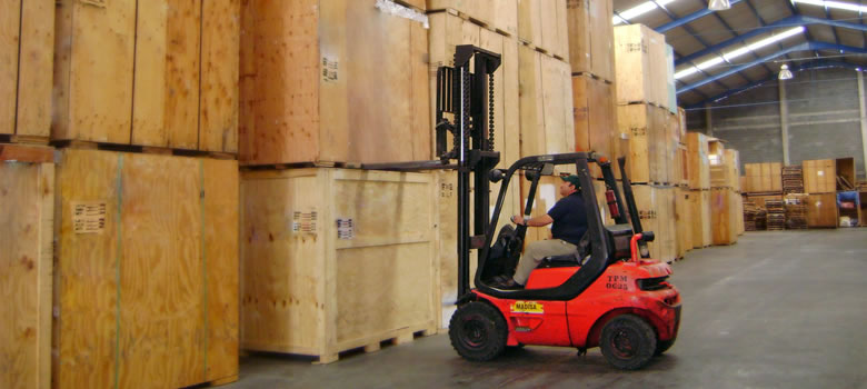 Storage and warehouse handling service